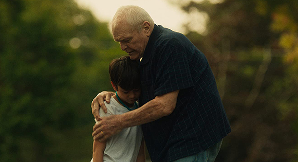 Brian Dennehy as Del comforts Lucas Jaye as Cody