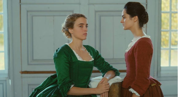 Adèle Haenel as Héloïse and Noémie Merlant as Marianne in Portrait of a Woman on Fire