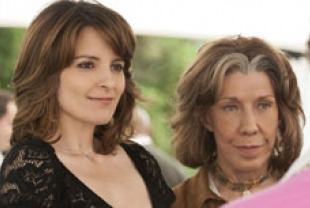 Tina Fey as Portia and Lily Tomlin as Susannah