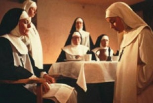Anne Bancroft as Mother Miriam and Meg Tilly as Sister Agnes