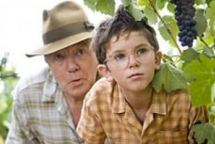 Albert Finney as Uncle Henry and Freddie Highmore as young Max