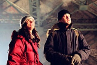 Joshua Jackson as Duncan ans Juliette Lewis as Kate