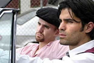 Eduardo Verastegui (front) as Jose