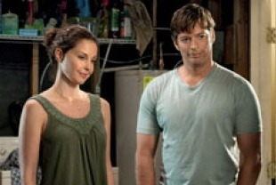 Ashley Judd as Lorraine and Harry Connick Jr. as Dr. Clay Haskett