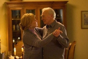 Shirley MacLaine as Elsa and Christopher Plummer as Fred