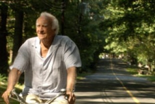 Robert Loggia as Siv