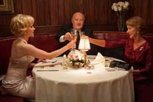 Scarlett Johansson as Janet Leigh, Anthony Hopkins as Alfred Hitchcock, and Helen Mirren as Alma Reville