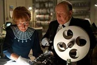 Helen Mirren as Alma Reville and Anthony Hopkins as Alfred Hitchcock