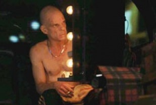 Denis Lavant as Oscar