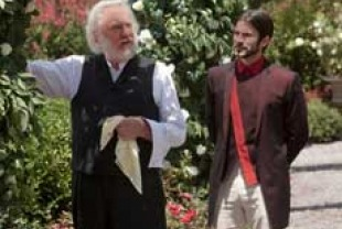 Donald Sutherland as President Snow and Wes Bentley as Seneca