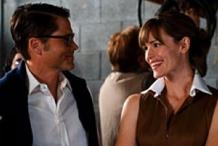 Rob Lowe as Brad Kessler and Jennifer Garner as Anna