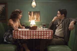 Renee Marino as Mary and John Lloyd Young as Frankie