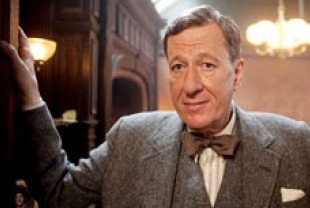 Geoffrey Rush as Lionel Logue