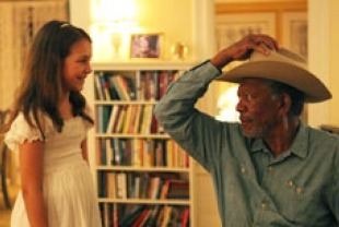 Morgan Freeman as Monte and Emma Fuhrmann as Finn