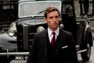 Eddie Redmayne as Colin Clark