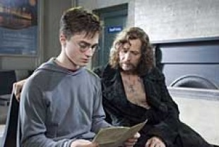 Daniel Radcliffe as Harry Potter and Gary Oldman as Sirius