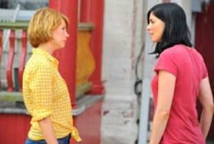 Michelle Williams as Margot and Sarah Silverman as Geraldine