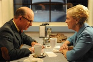 Ed Harris as Mr. Simon and Amy Maigan as Principal Kelner