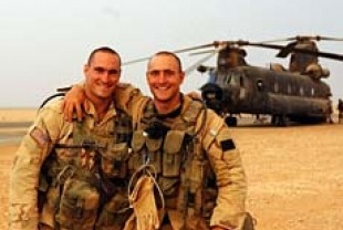 Pat Tillman and his brother Kevin