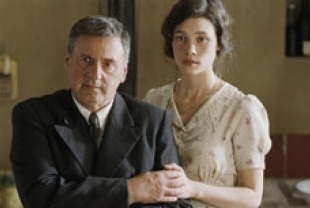 Daniel Auteuil as Pascal and Astrid Berges-Frisbey as Patricia