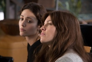 Emmy Rossum as Bec and Hilary Swank as Kate